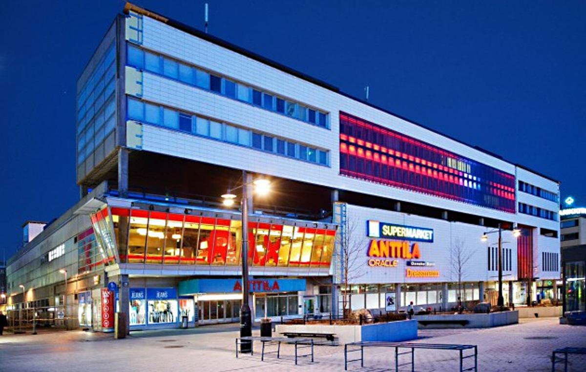 Novenbergin toimittama keraaminen julkisivutiili Kuopion maamerkkimäisessä kauppakeskuksessa